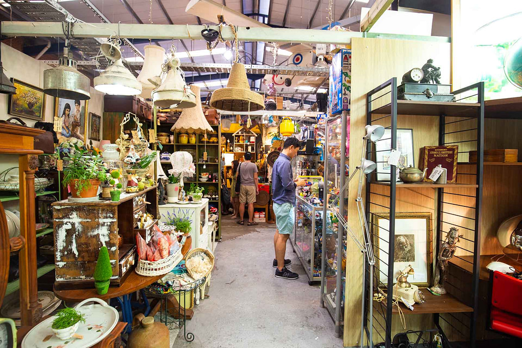 things-to-do-in-sydney-in-the-rain-mitchell-road-antiques