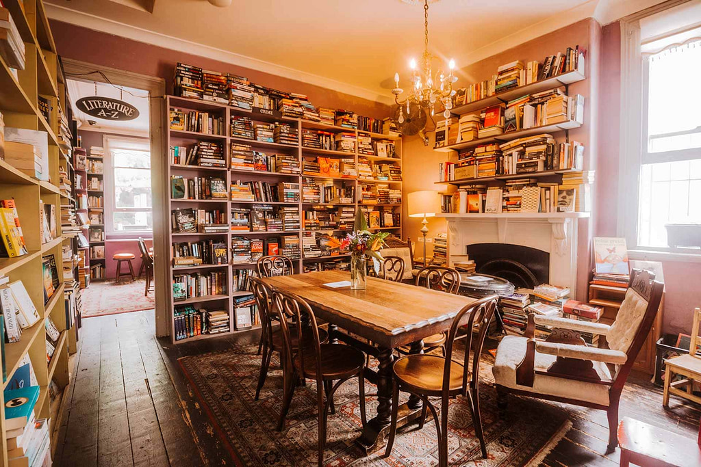 things-to-do-in-sydney-in-the-rain-ampersand-book-shop