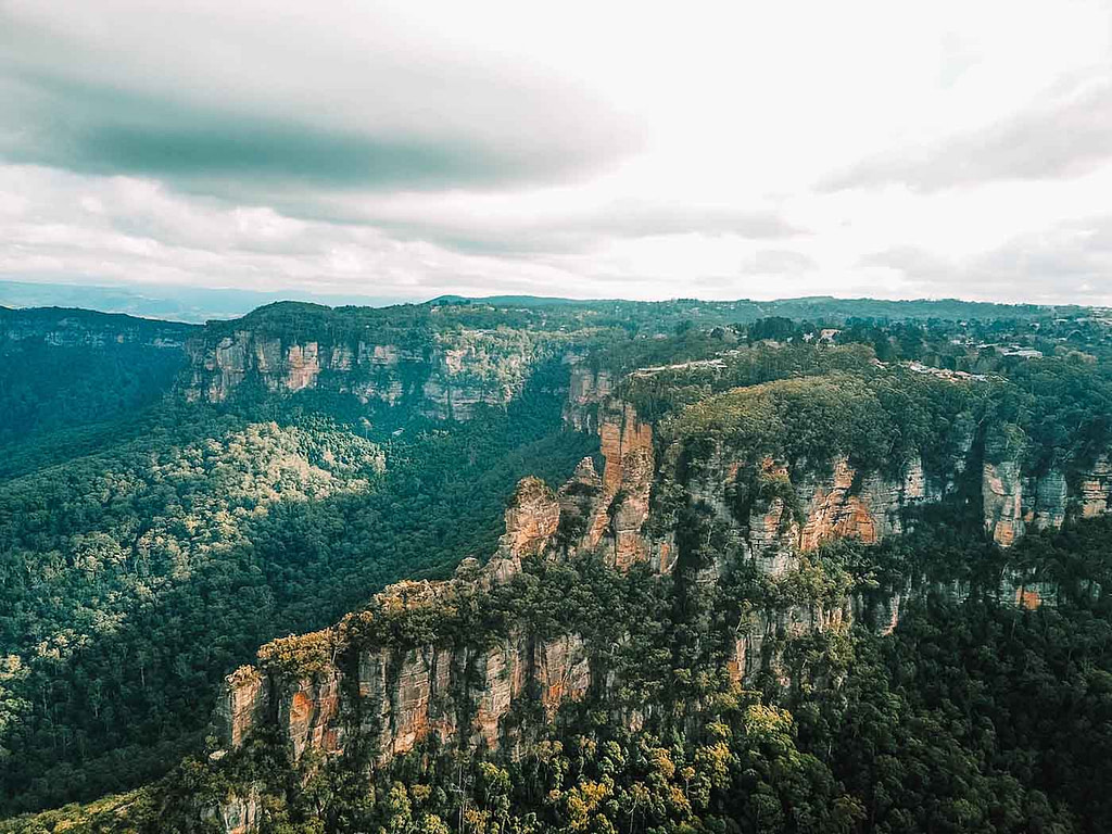 blue-mountains-three-sisters-drone