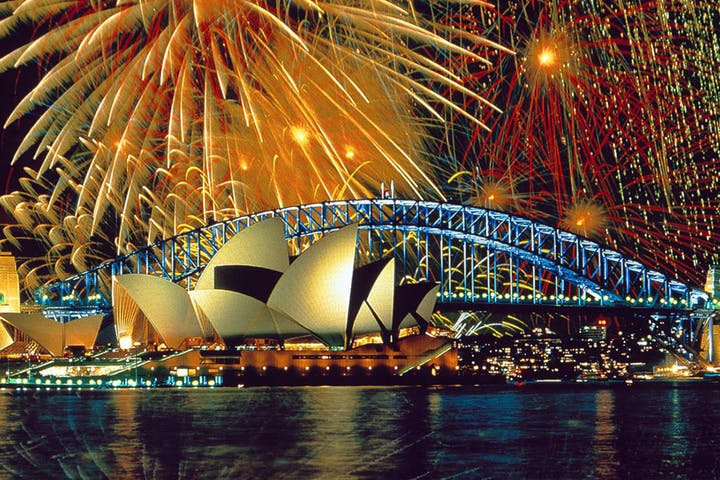 Sydney-new-years-eve-sydney-tourist-attractions