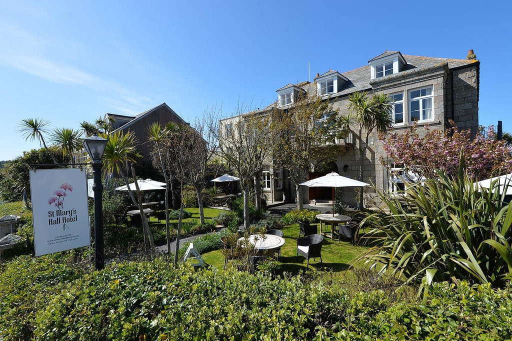 st-marys-hall-isles-of-scilly-accommodation-best-beaches-in-uk