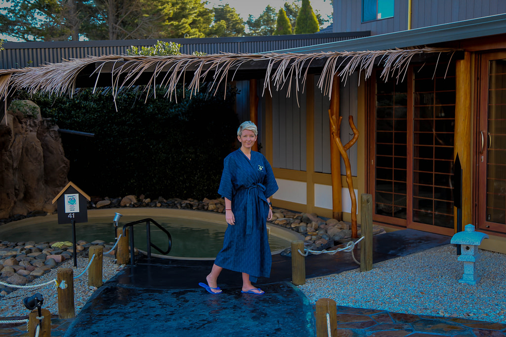 Japanese-bath-house-in-blue-mountains