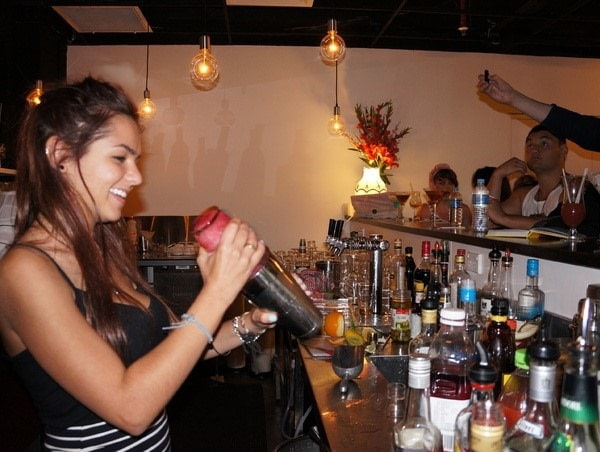 large_cocktail_skills_training_course