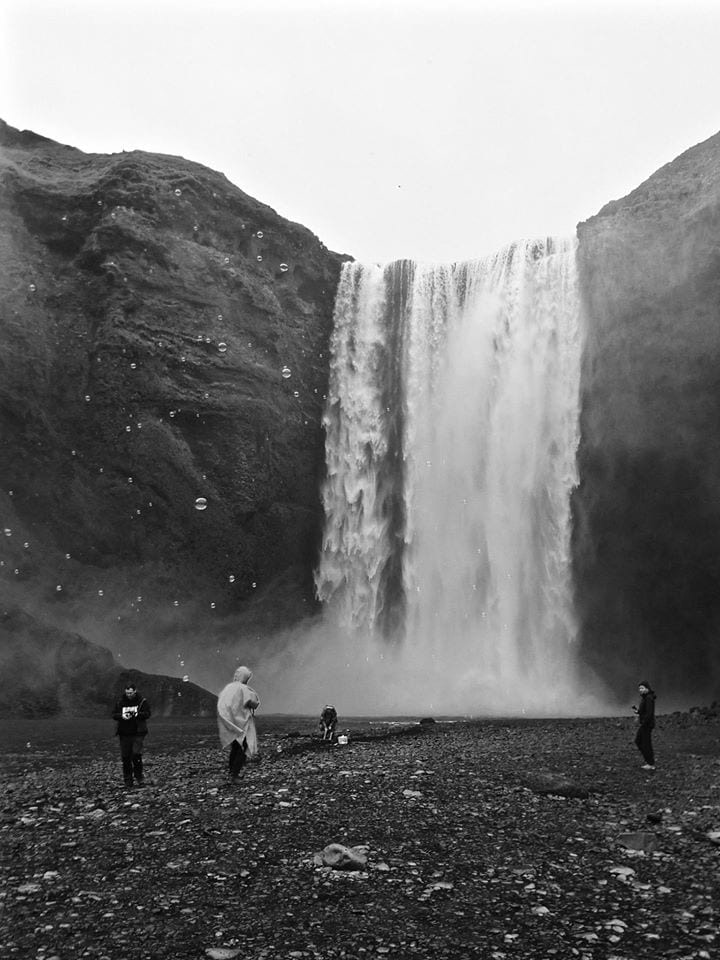 things-to-in-iceland-waterfalls