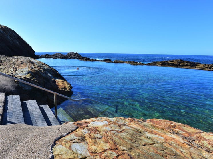 the-blue-pool-bermagui-mystery-bay