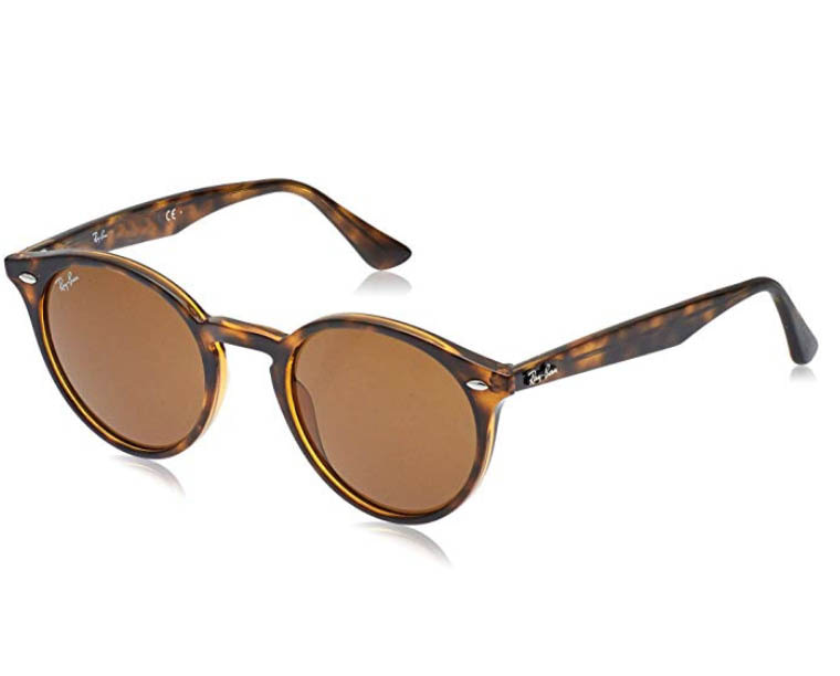 raybans-what-to-take-to-the-beach