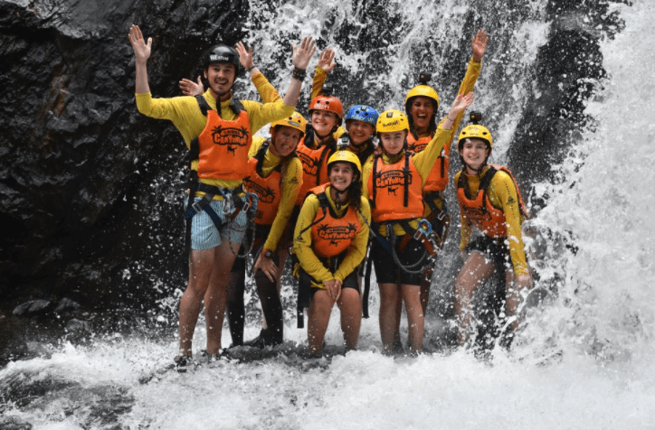 crystal-canyon-cairns
