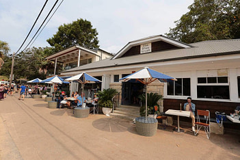 BOATHOUSE-SHELLY-BEACH-REVIEW